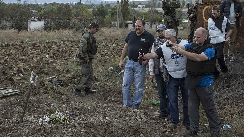 Наблюдатели ОБСЕ со вторника работают у шахты «Коммунар» в Донбассе, где было обнаружено массовое захоронение