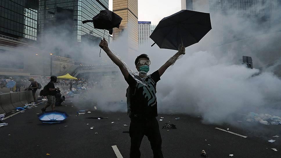 Движение за демократические реформы в Гонконге уже окрестили «революцией зонтиков»