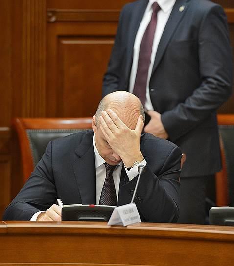 Министр финансов Антон Силуанов задумался над сокращением числа пользователей налоговых спецрежимов с подачи губернаторов, жалующихся на нехватку доходов