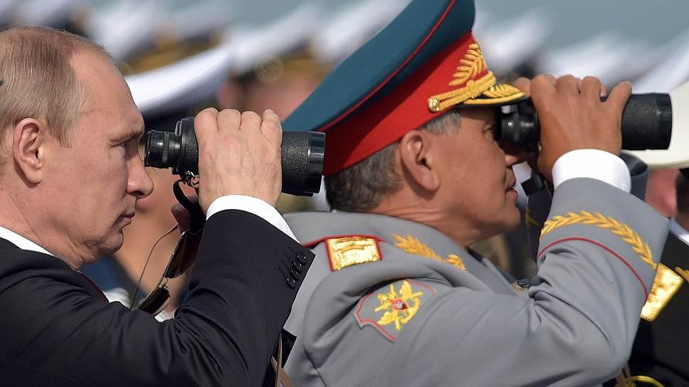 Владимир Путин приказал министру обороны Сергею Шойгу вернуть войска с учений в Ростовской области перед близящейся встречей с президентом Украины и европейскими лидерами