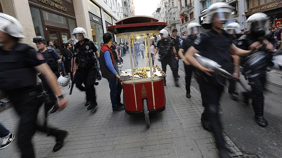 Как скандалы с участием властей омрачают европерспективы Анкары