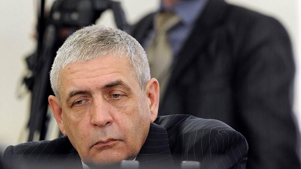 Ответственность за публичное принятие антиофшорного законодательства, разработанного заместителем министра финансов Сергеем Шаталовым, взяли на себя все фракции Госдумы