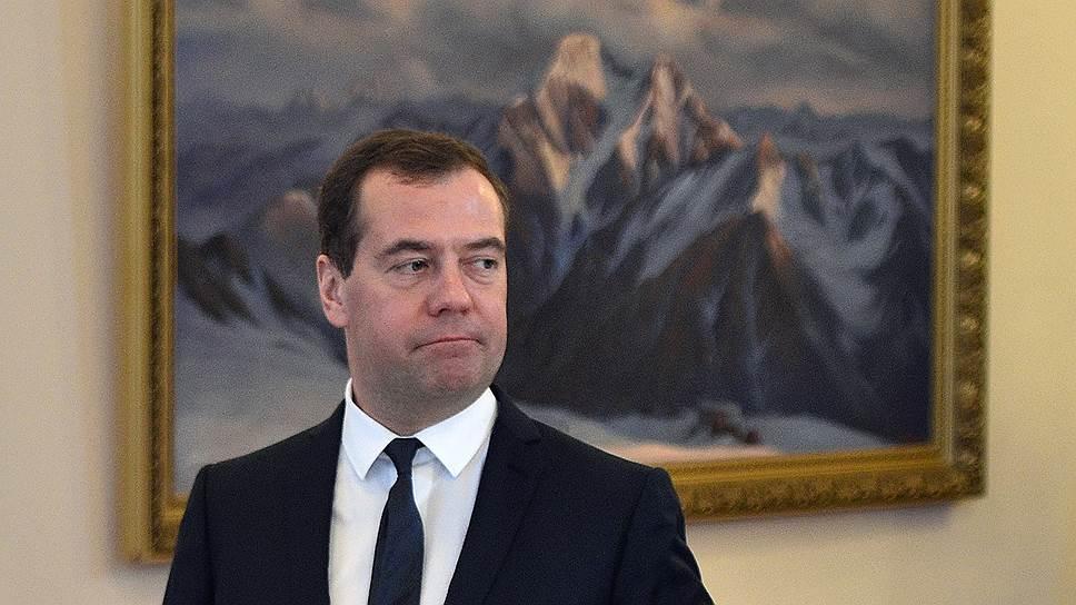 Почему блокировка банковских карт нашла поддержку в российском суде