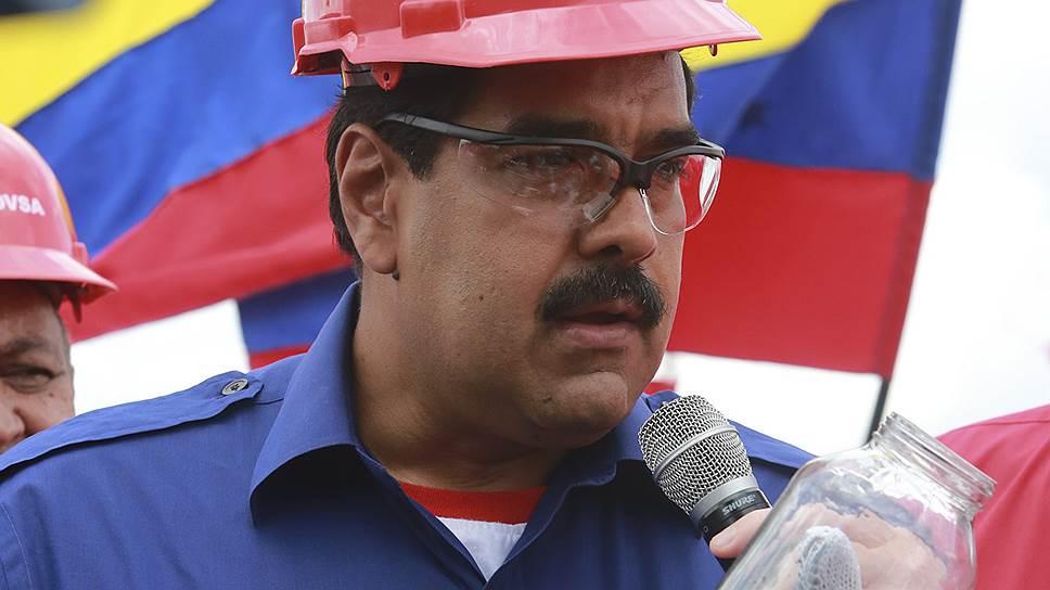 Как Венесуэла тушит кризис бензином