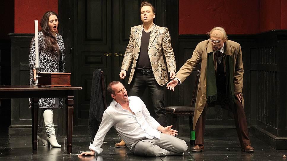 «Трубадура» Верди режиссер Дмитрий Черняков ставит как психологический тренинг пополам с классическим детективом