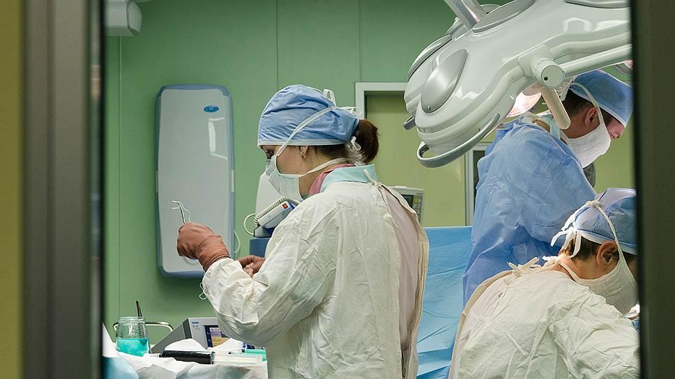 Почему увольняемым врачам не сократят компенсации
