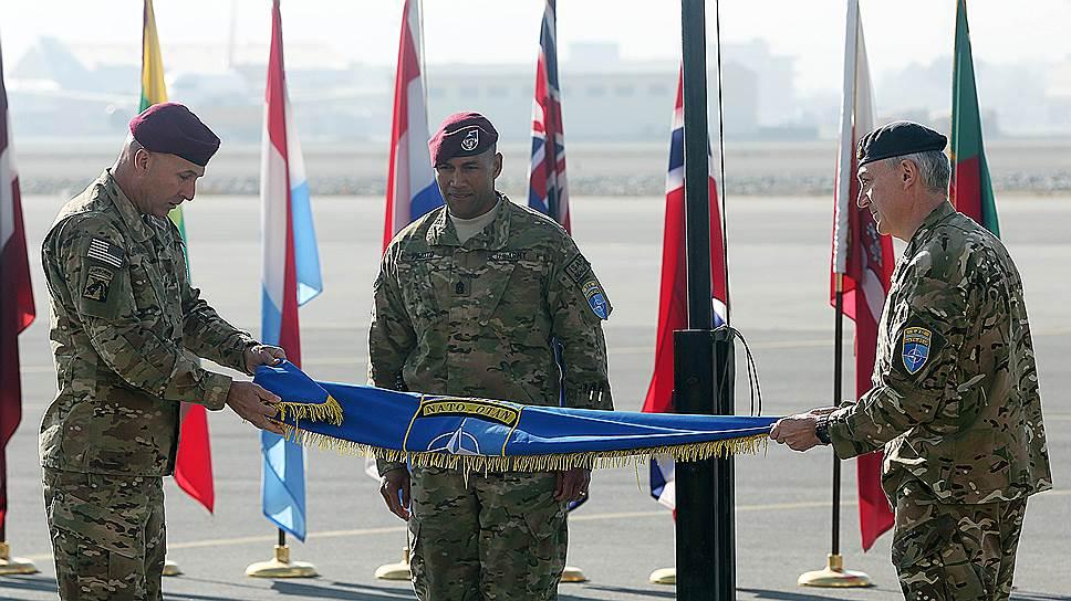 Церемония завершения миссии НАТО в Афганистане прошла в аэропорту Кабула