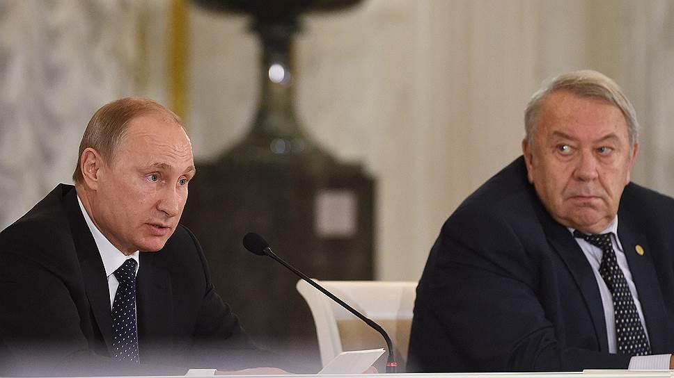 Президент Академии наук Владимир Фортов вряд ли надеялся получить от президента России Владимира Путина постановление правительства насчет разделения функций РАН и ФАНО