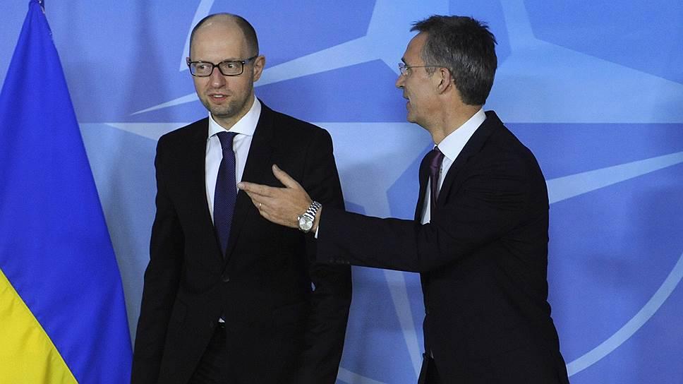 Украине протягивают твердую дружескую руку