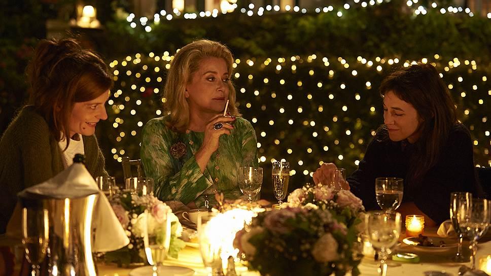 В фильме Бенуа Жако одна героиня легко может заменить другую — и по сюжету, и по существу