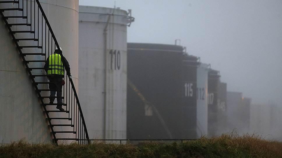 Нефть берут в опеку
