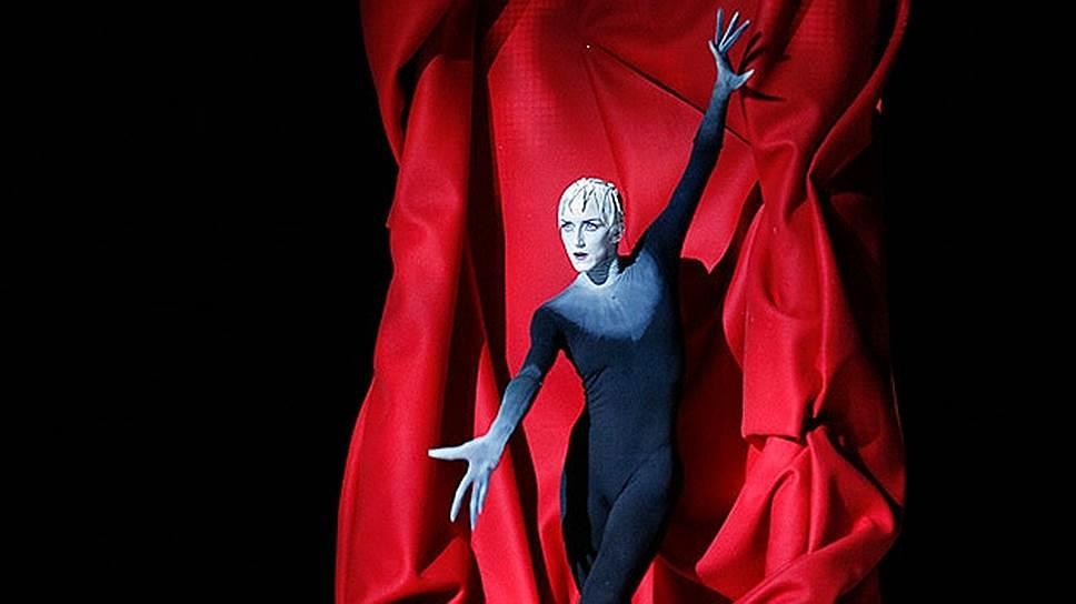 Бернис Коппьетерс безраздельно царствует в балете «Фауст»