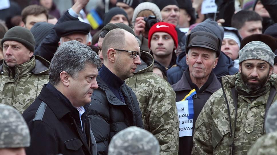 Как юго-востоку Украины добавляют огня