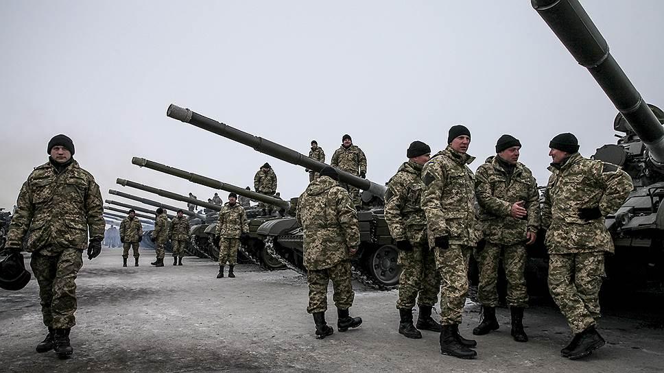 Украинскую армию выстроят по-американски
