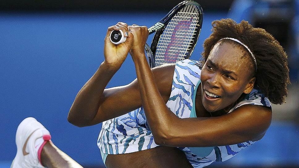 В случае если Винус Уильямс (на фото) выиграет в Мельбурне еще один матч, она может встретиться в полуфинале со своей младшей сестрой Сереной