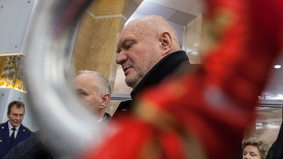 Как петербургское метро отклонилось от бюджетной линии