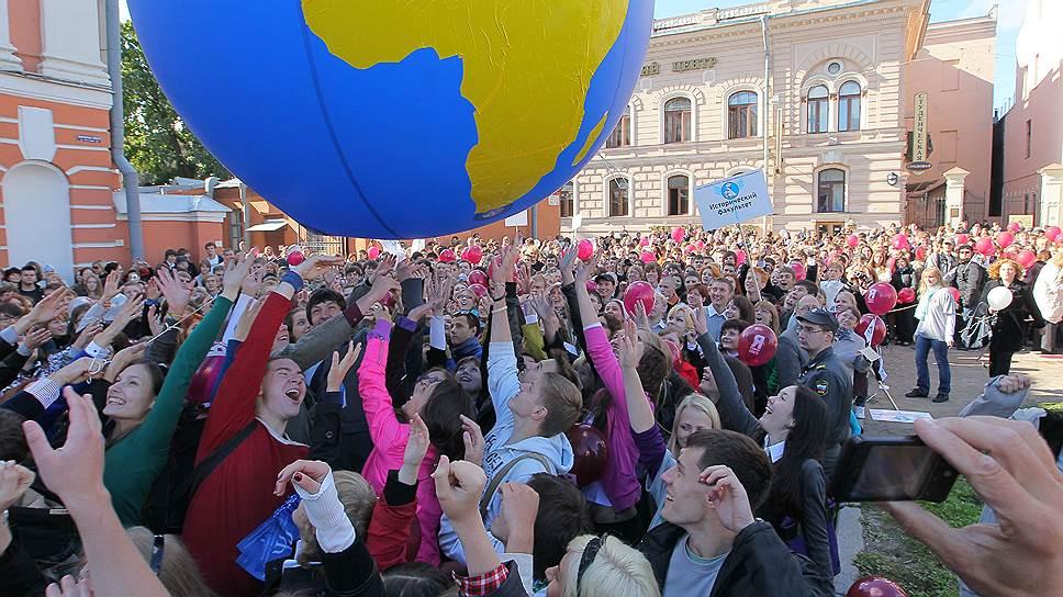 Как в Госдуме меняли правила приема учащихся иностранных вузов
