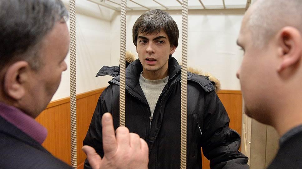 Несмотря на намерение следствия поместить Ивана Непомнящих за решетку, ближайшие два месяца он проведет под домашним арестом