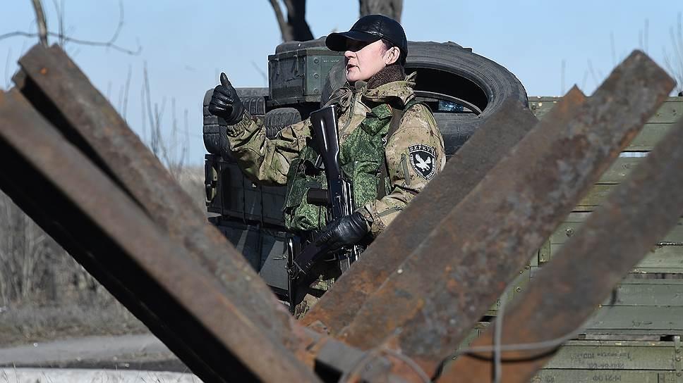 В отчете миссии ОБСЕ от 28 февраля говорится об отводе от линии соприкосновения четырех колонн сил ДНР и двух — ЛНР