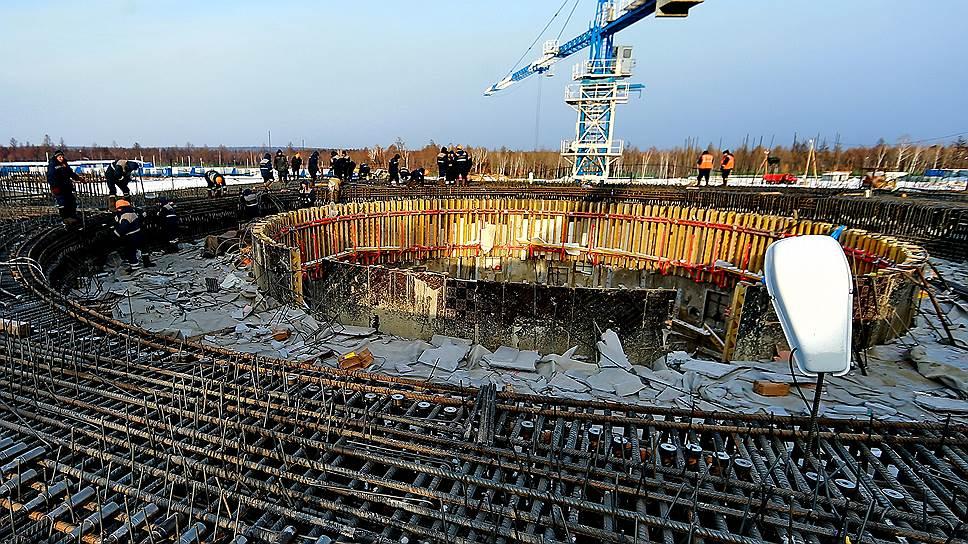 В Роскосмосе считают, что, получая новые авансы на Восточный, строители не должны забывать отчитываться по старым
