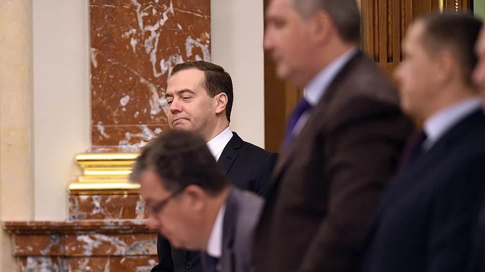 Почему правительство сократило вузам довольствие