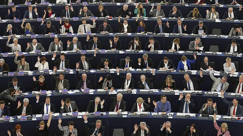 "Как Европарламент проникся ""атмосферой ненависти"" в России"