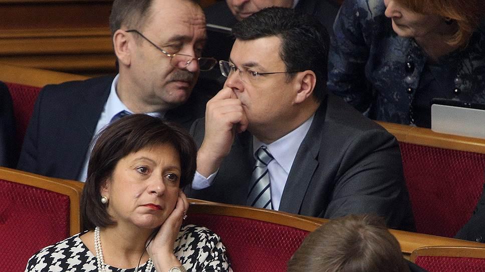 Министр финансов Украины Наталья Яресько намерена обсудить с внешними кредиторами условия реструктуризации части суверенного долга страны
