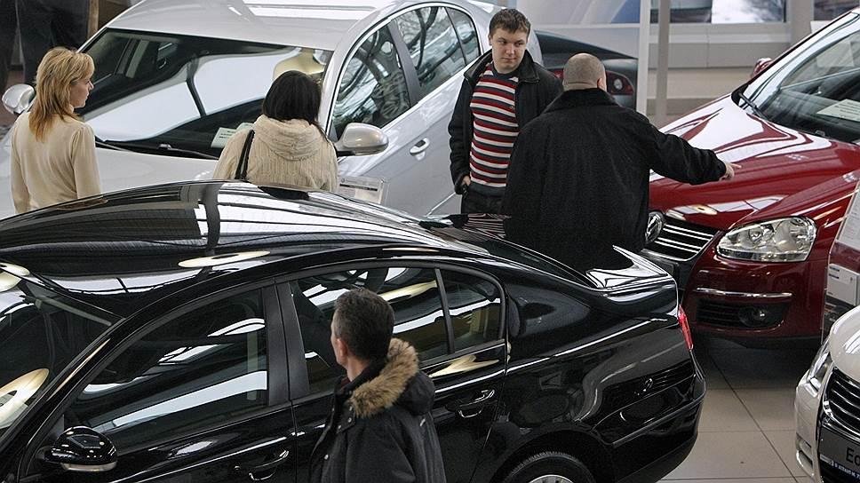 Зачем правительству субсидировать автокредиты и лизинг