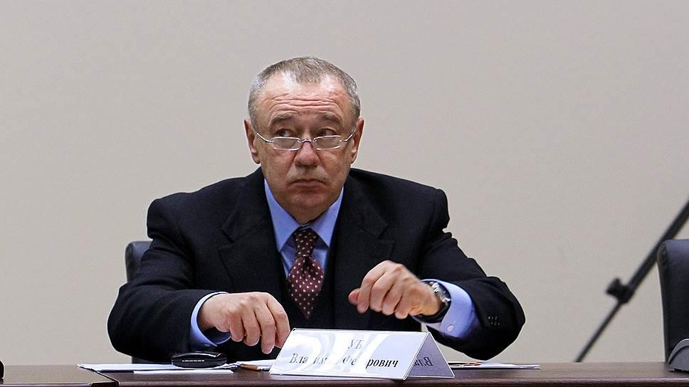 Напряженность между Василием Голубевым и бывшим главой области сохранялась, пока Владимир Чуб (на фото) оставался советником губернатора. Теперь он представляет в Совете федерации Мурманскую область