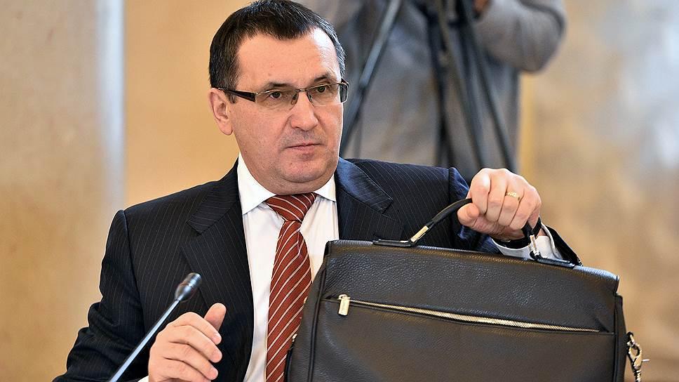 Николай Федоров собирает министерский портфель