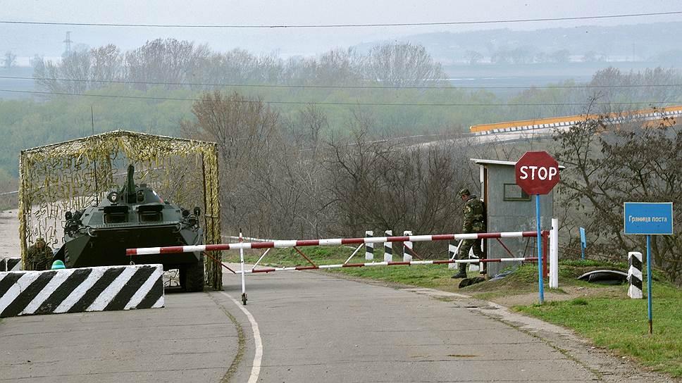 Молдавия и Украина перекрывают военным из РФ путь в Приднестровье