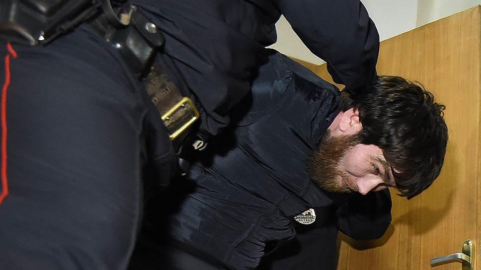 Обвиняемых в убийстве Бориса Немцова взяли по наводке из ресторана