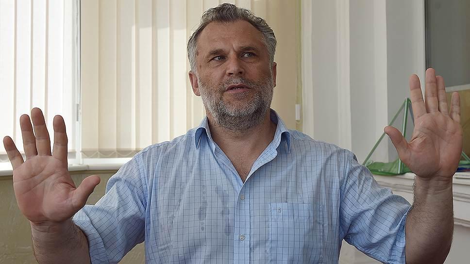 Действия Алексея Чалого оценит Конституционный суд, а губернатора Сергея Меняйло — прокуратура