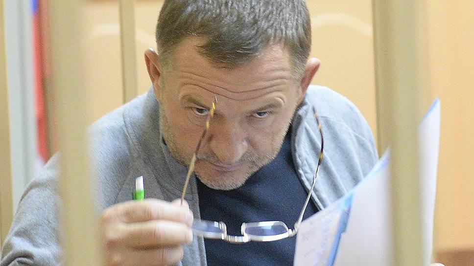 Как белгородский депутат попал под программное обеспечение