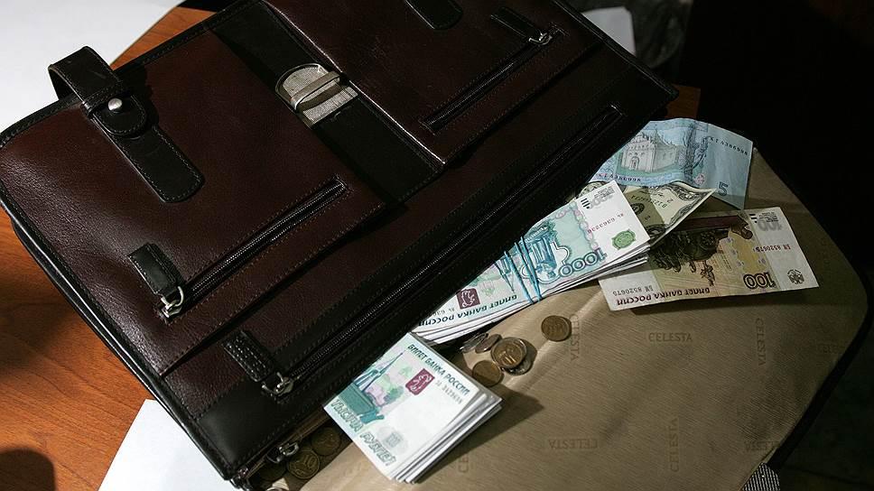 Почему в хищениях НДС сократили число налоговиков