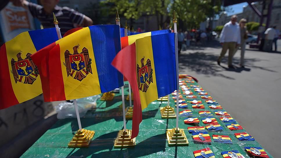 Молдавская оппозиция раскачивает площадь