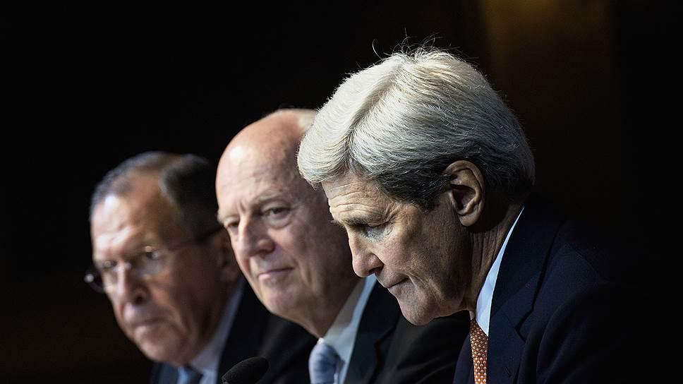 """Россия очертила круг стола переговоров / """"Ъ"""" стало известно, кого из противников Башара Асада Москва считает нужным привлечь к урегулированию"""