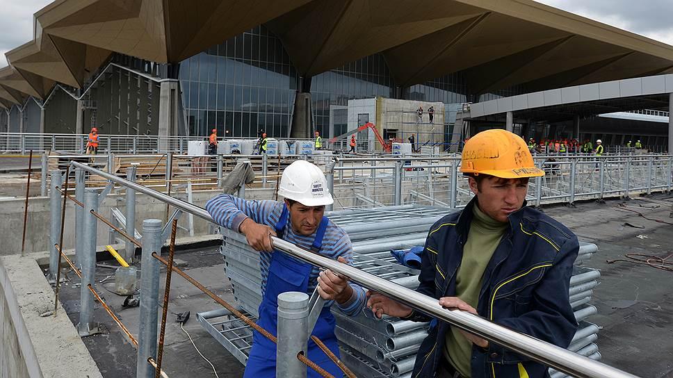 Турецким строителям дали отдышаться