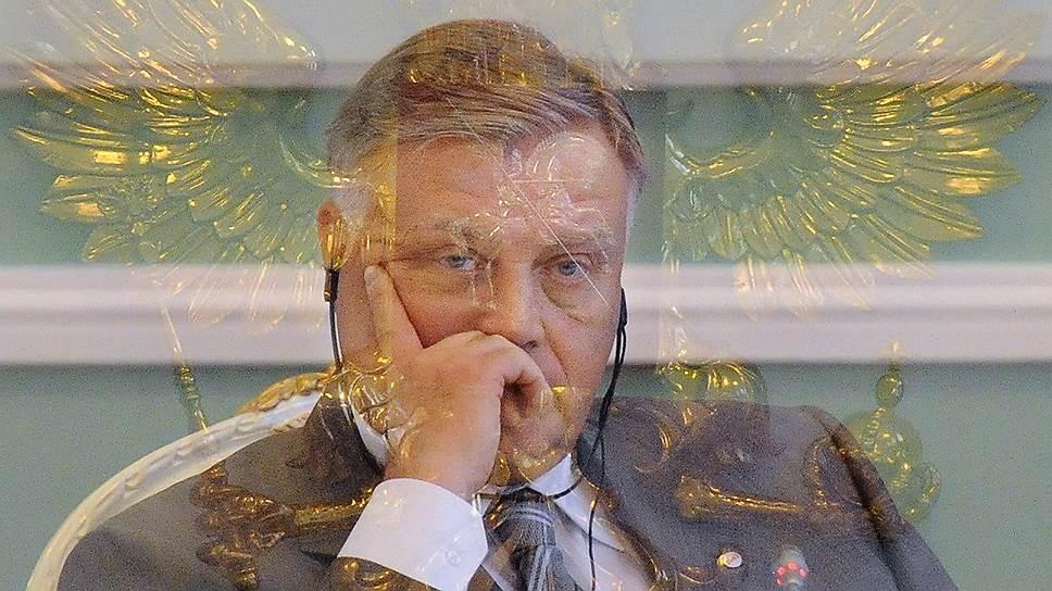 Как Владимир Якунин встал на международный путь