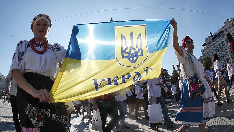 Украинская конституция не идет на поправку