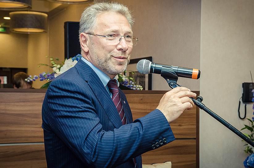 Дмитрий Дойхен