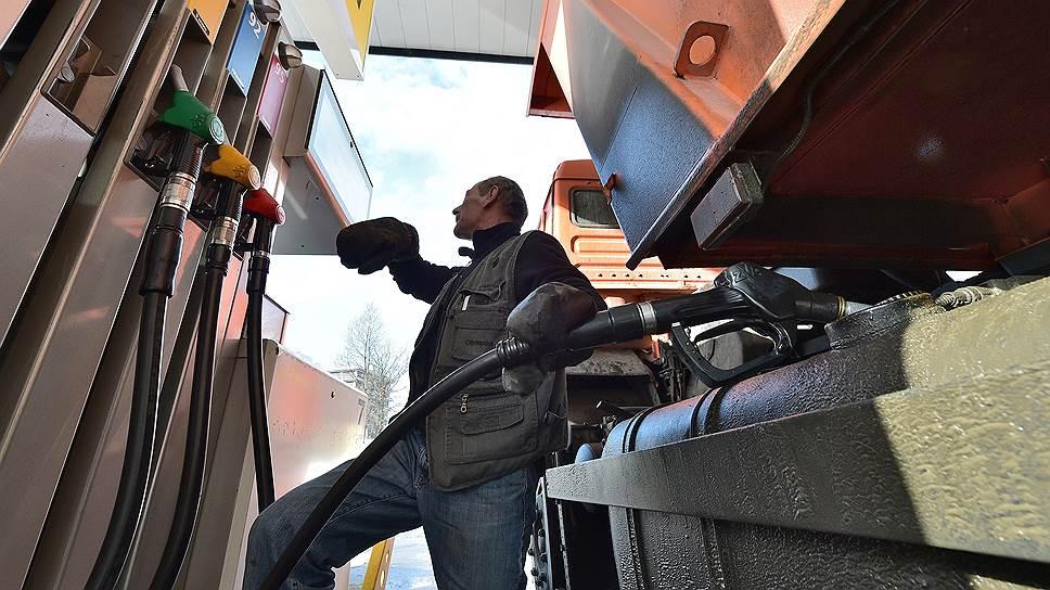 Весна разогреет цены на бензин