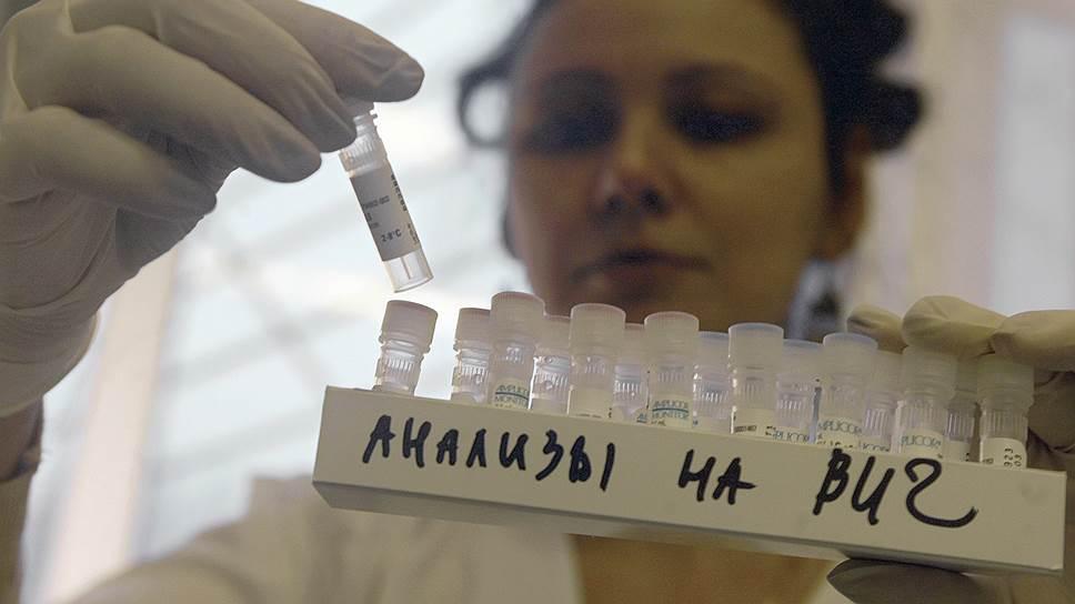 Как ВИЧ-инфицированные иностранцы добились в ЕСПЧ права жить в России