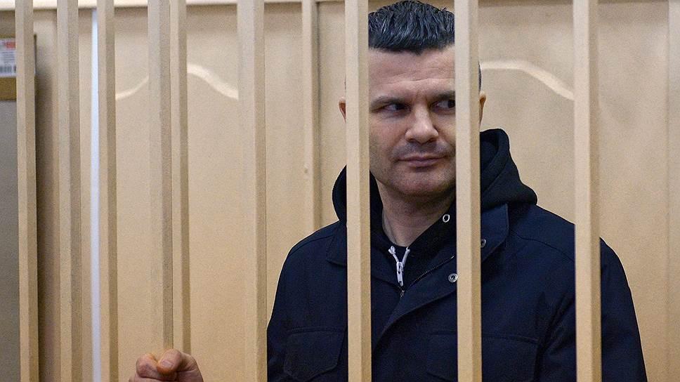 Александр Бастрыкин не услышал заместителя Юрия Чайки