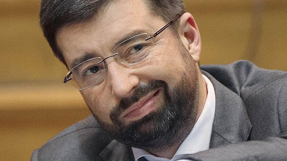 """Генеральный директор государственной корпорации """"Агентство по страхованию вкладов"""" Юрий Исаев"""