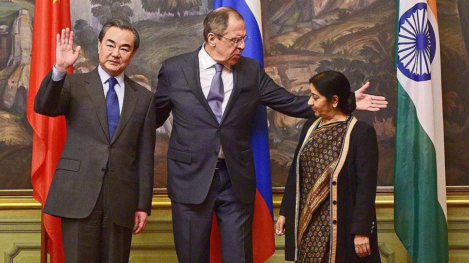 Как Россия, Индия и Китай попытались найти что-то общее