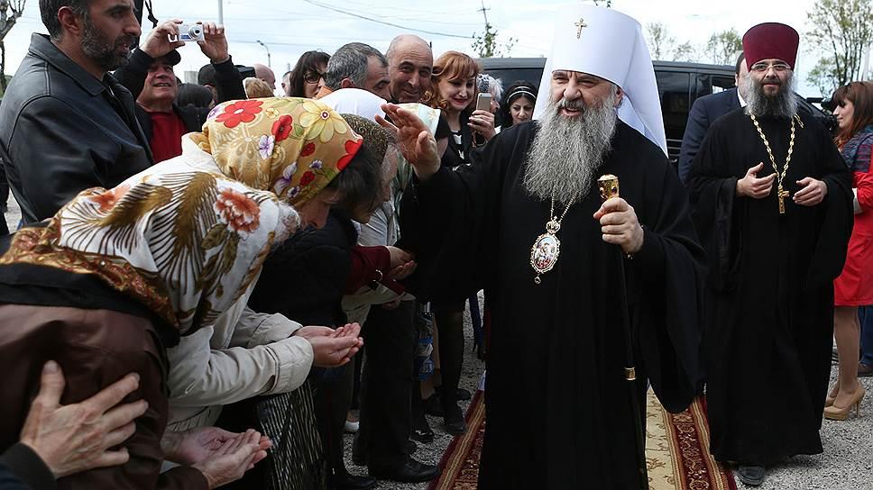 Как РПЦ обратилась к Дмитрию Медведеву с просьбой передать ей петербургские соборы