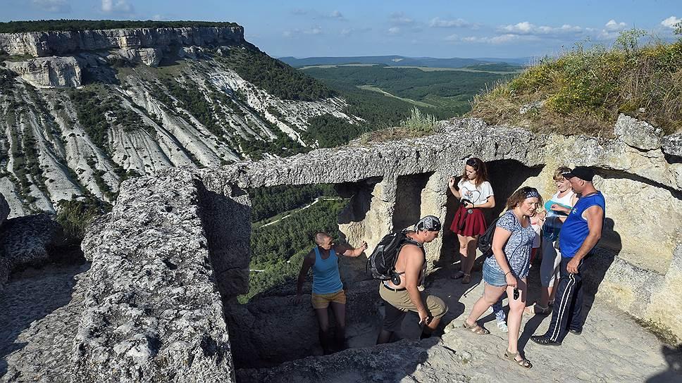 Почемпу спрос на отдых в Крыму снижается