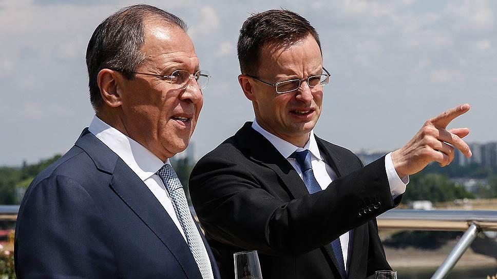 Как глава МИД Венгрии выступил против автоматического продления ограничительных мер в отношении России