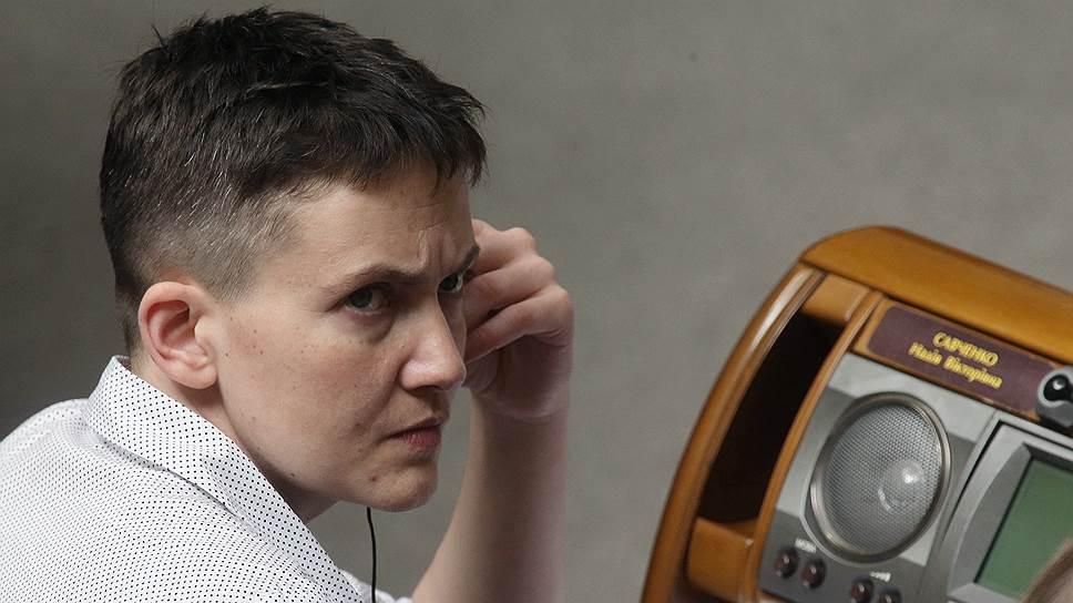 Почему треть граждан видят Надежду Савченко российской заключенной